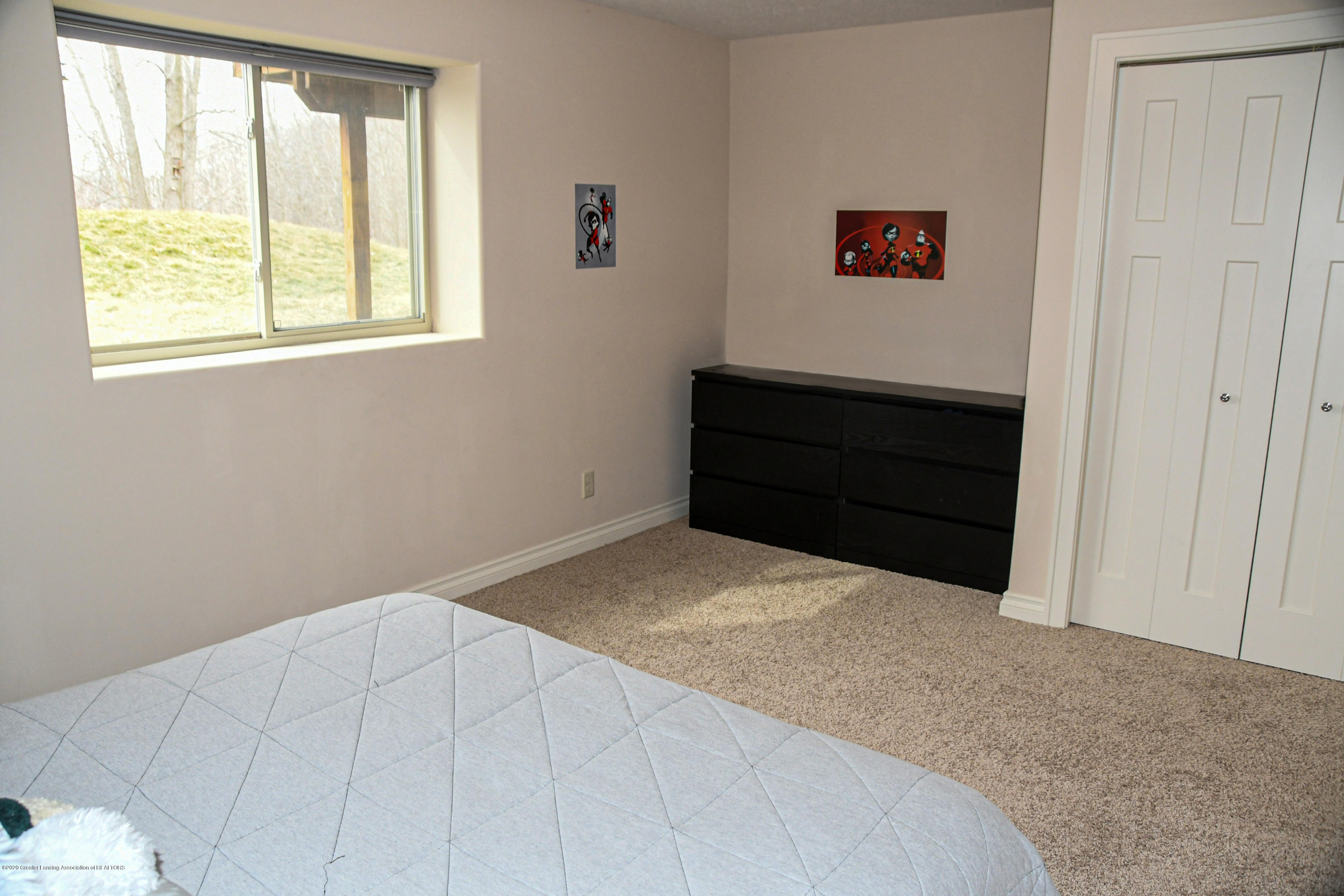 16848 Meadowbrook Dr - Bedroom1-2 - 39