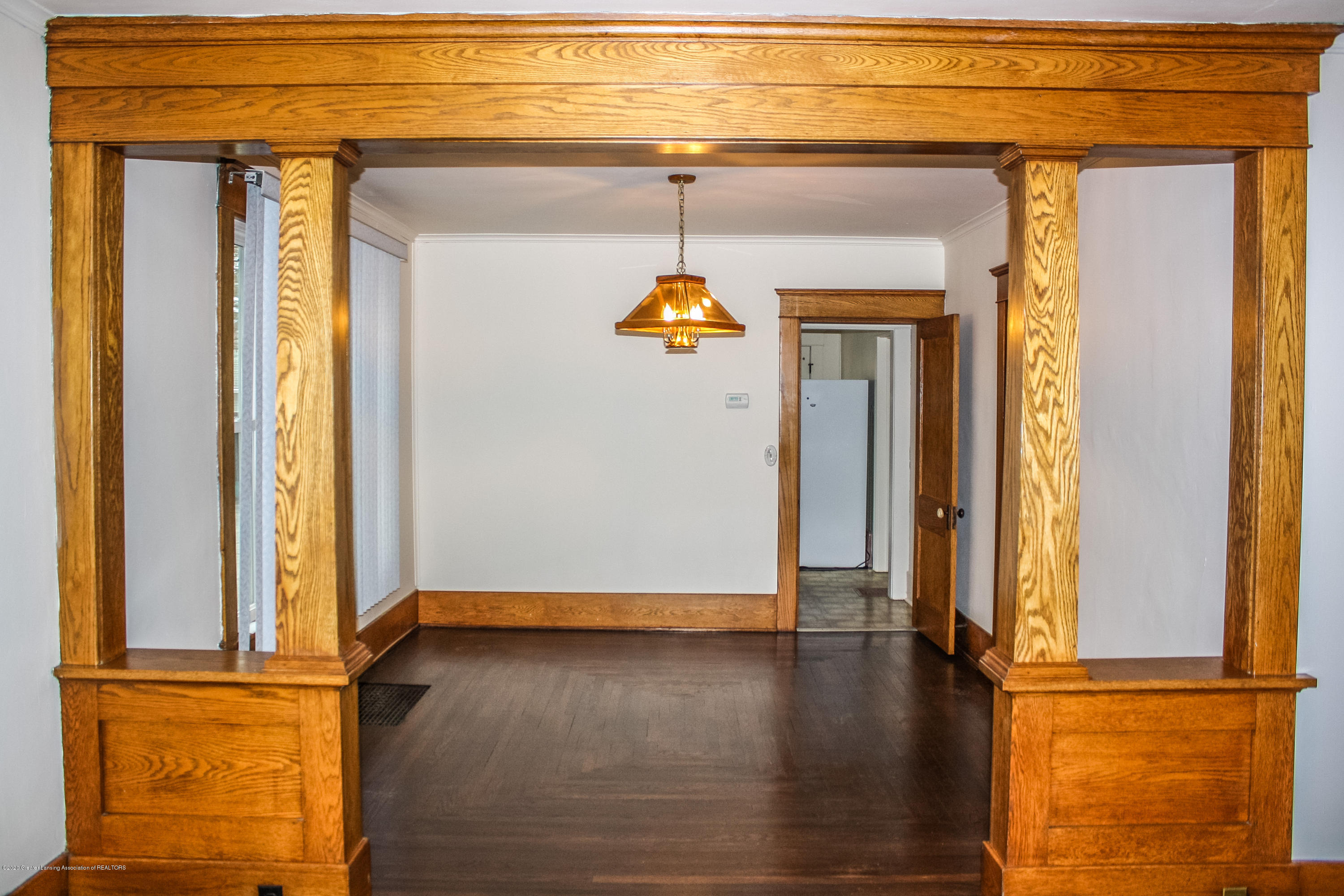 313 S Clemens Ave - Dining Room - 6