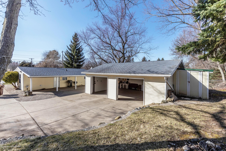 907 Pine St - Garage - 20