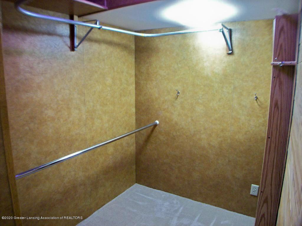 2780 E Grand Ledge Hwy - 000_0203 - 25