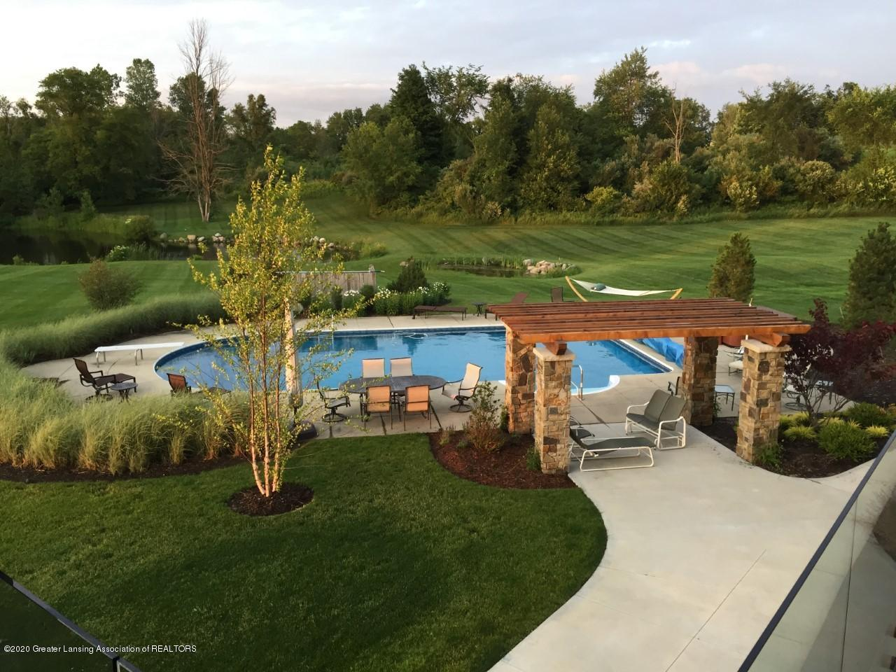592 Willoughby Rd - Pool - 42