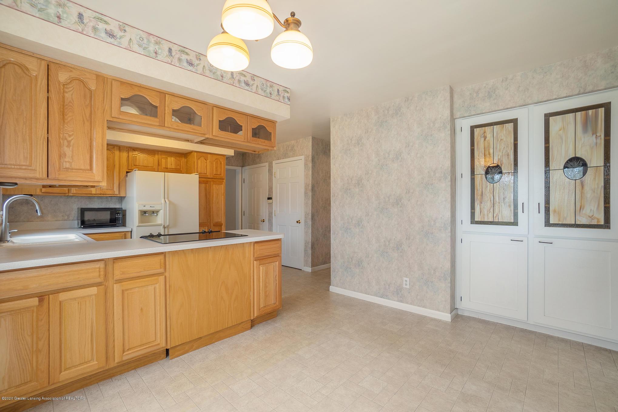 1266 Woodingham Dr - Kitchen - 17