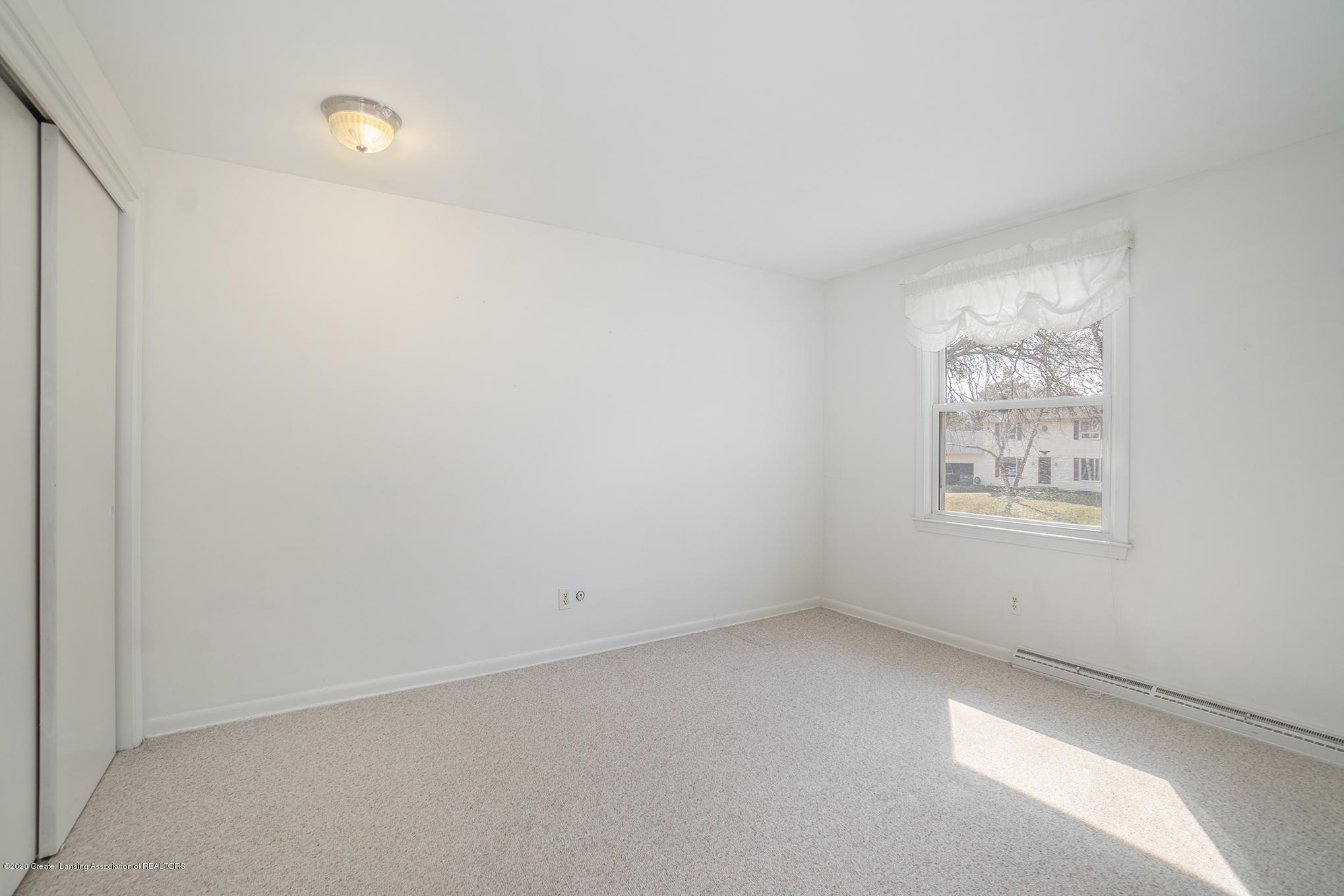 1266 Woodingham Dr - Bedroom 5 - 34