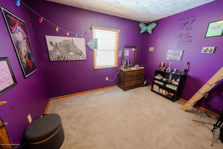 8008 N Welling Rd - Bedroom 2 - 18