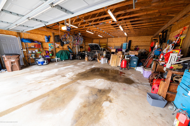8008 N Welling Rd - Garage - 25