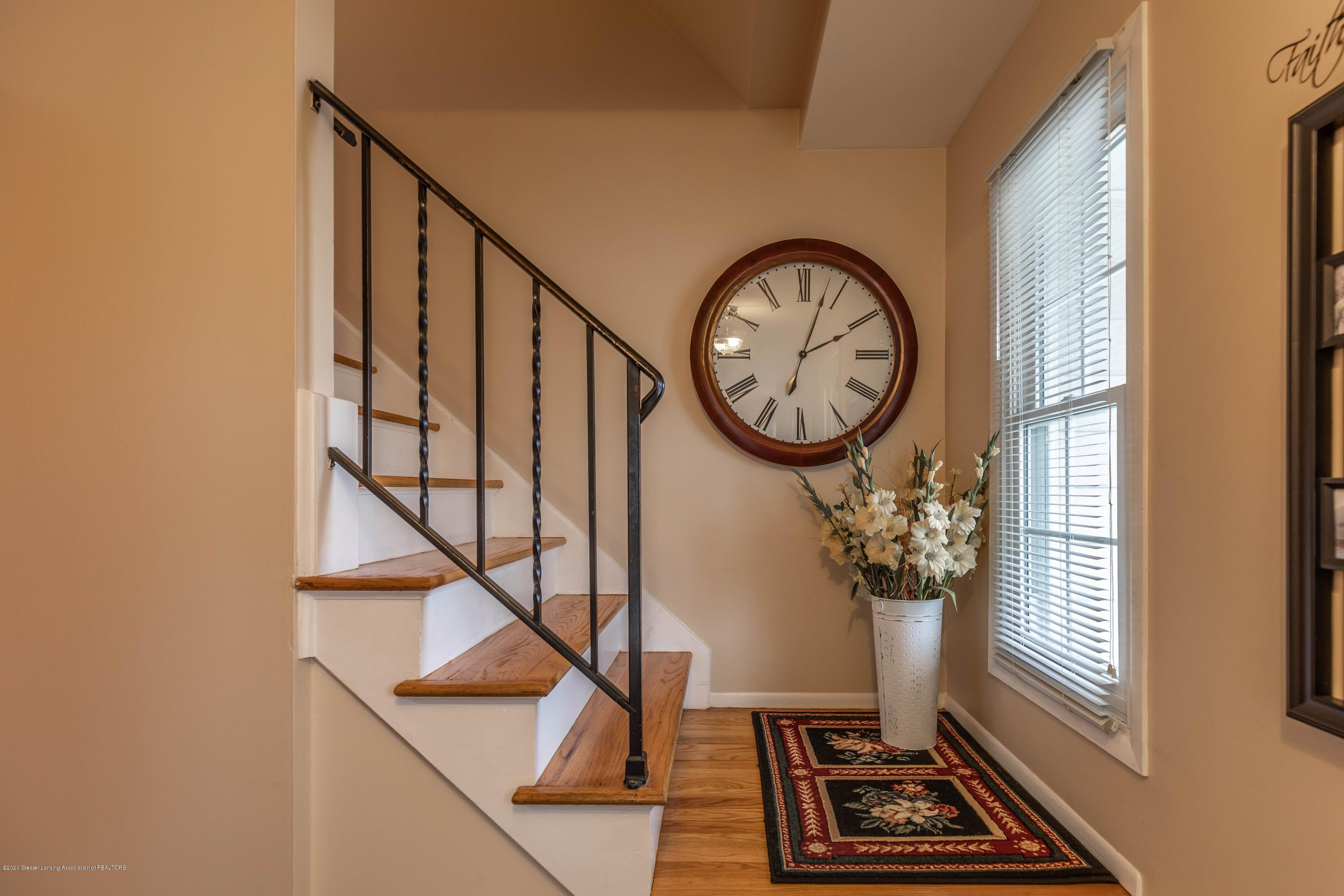 2101 Heights Ave - Stairway - 15