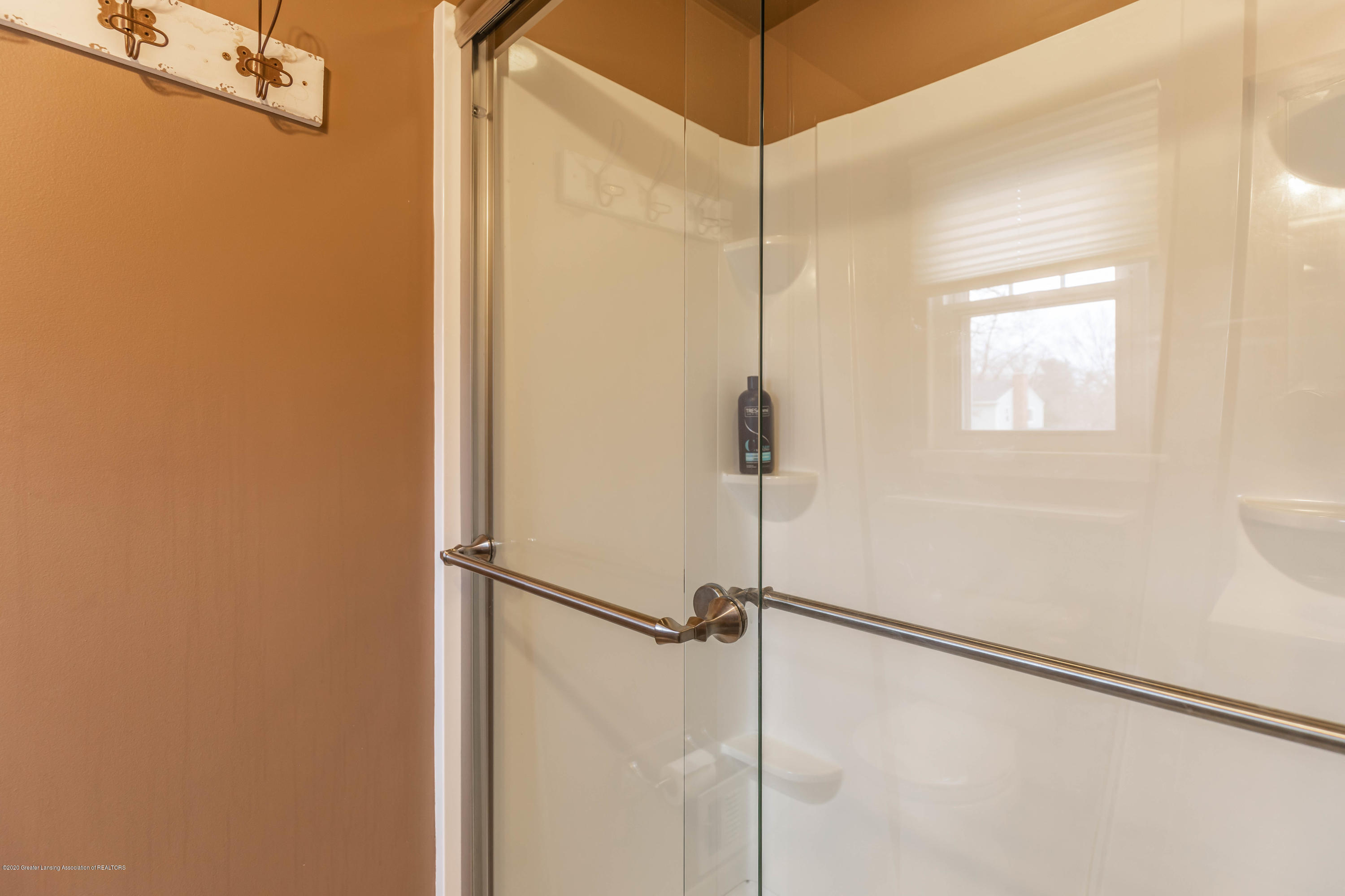 2101 Heights Ave - Master Bath - 19