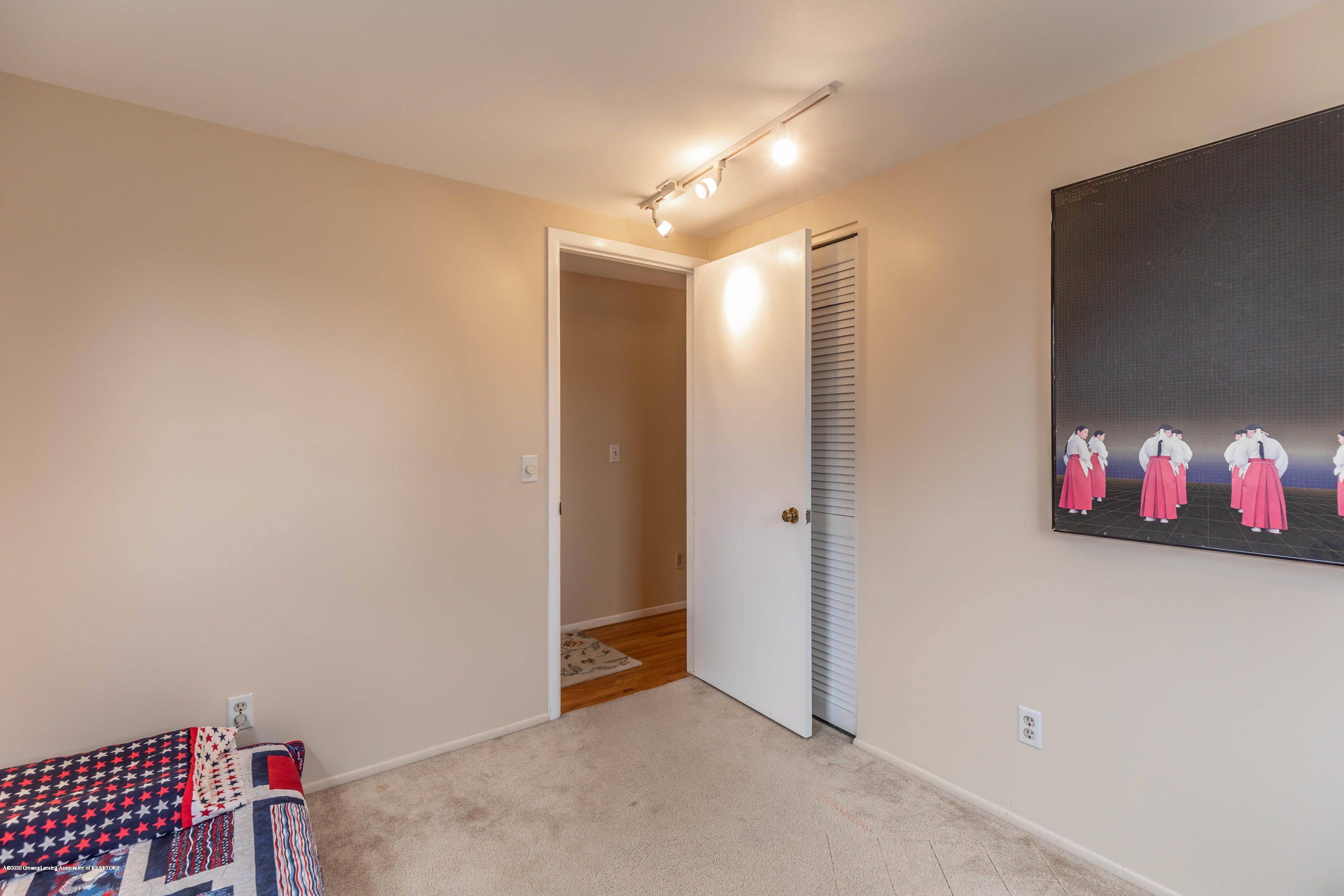 2101 Heights Ave - Bedroom 4 - 25