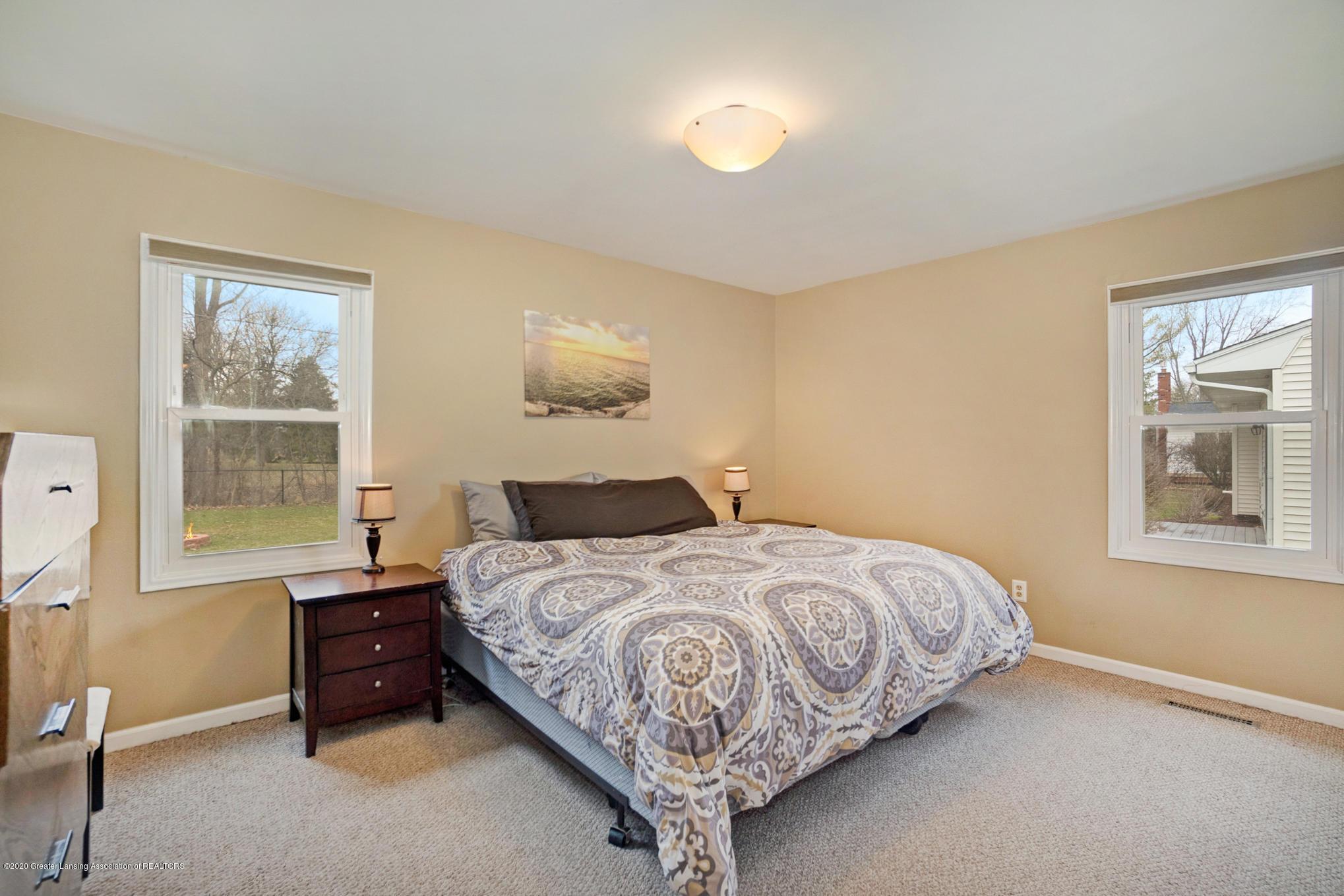1051 Ramblewood Dr - Master Bedroom - 22
