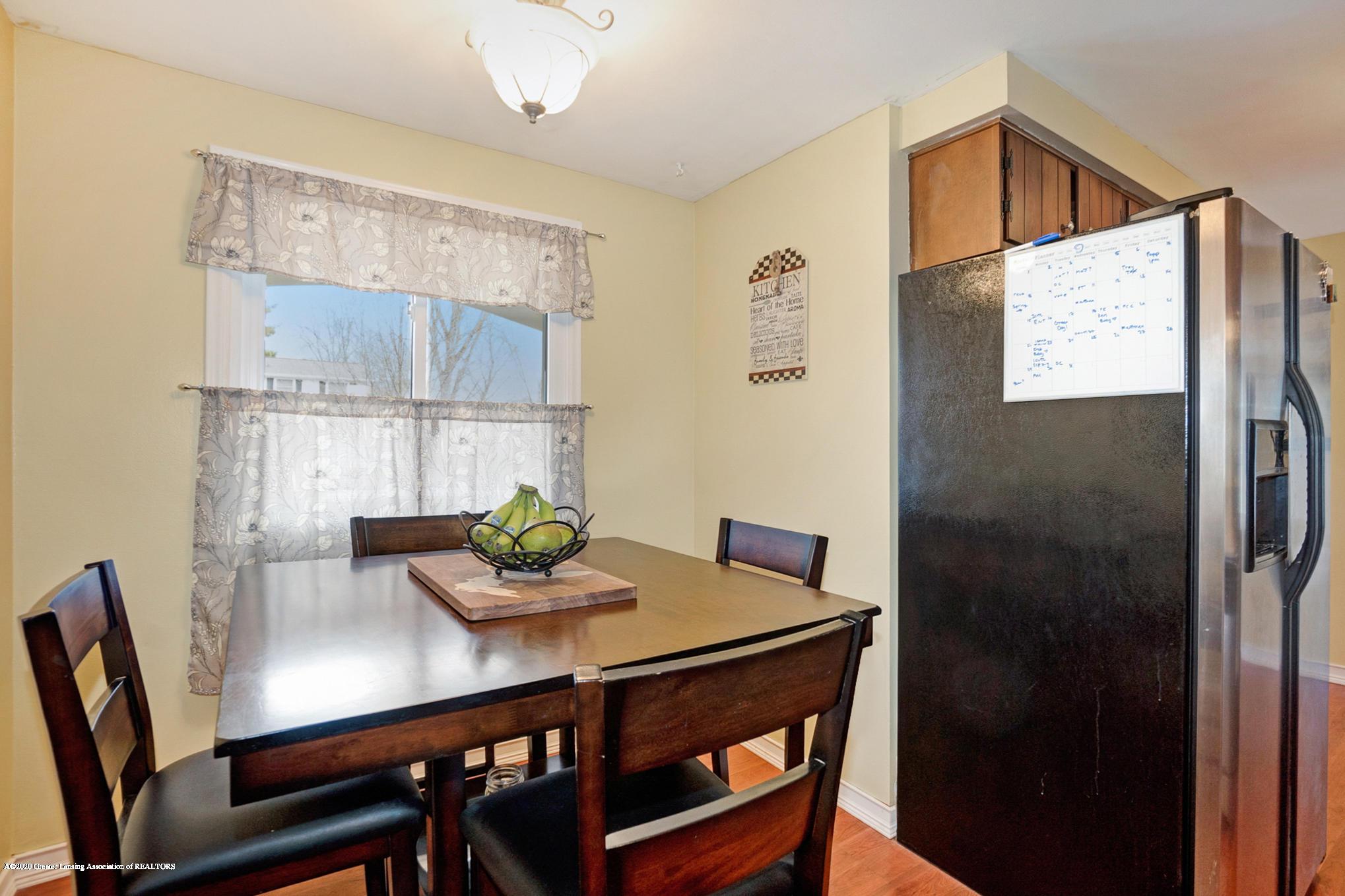 1051 Ramblewood Dr - Dining Area - 21