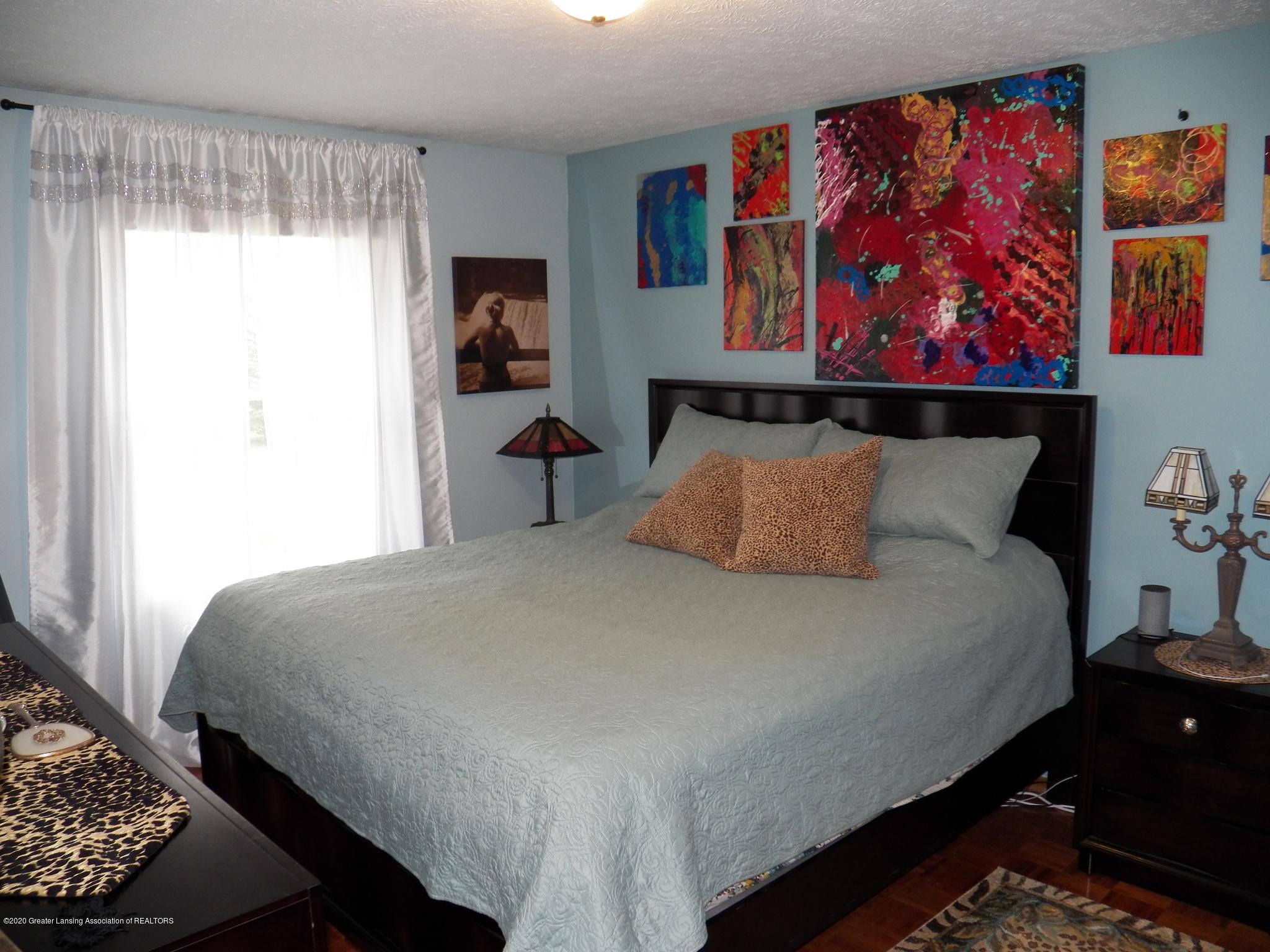 7427 Glen Terra Dr 25 - master bedroom - 9