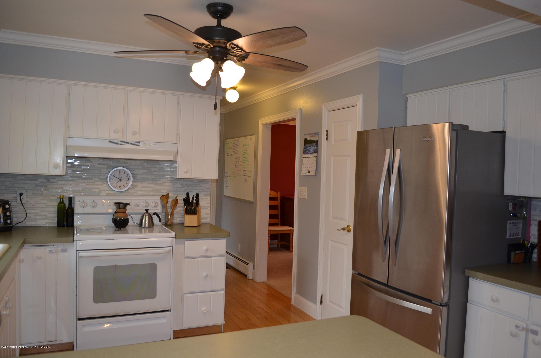 1165 Harper Rd - Kitchen - 10