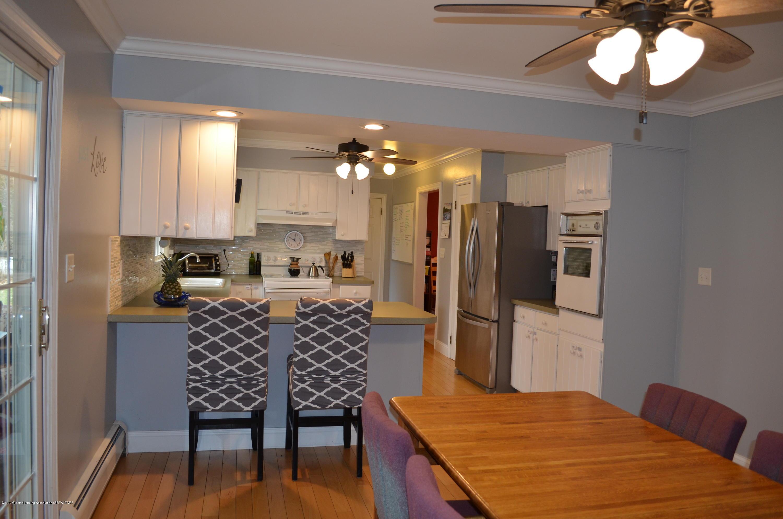 1165 Harper Rd - Kitchen - 12