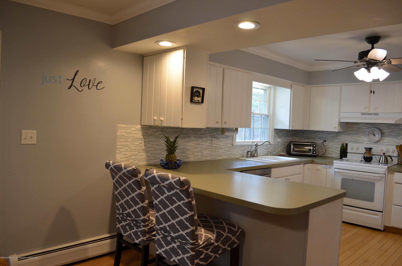 1165 Harper Rd - Kitchen - 8