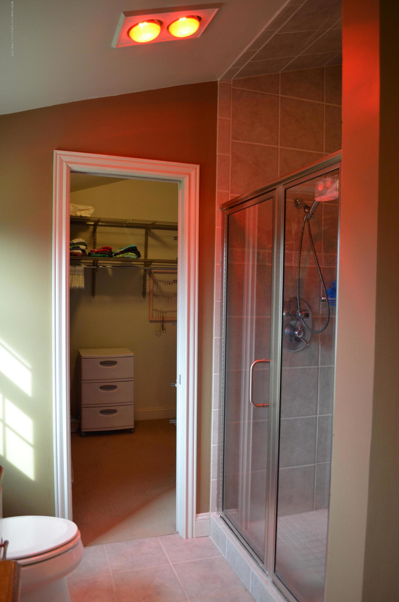 1165 Harper Rd - Master Bath 2nd Floor - 20