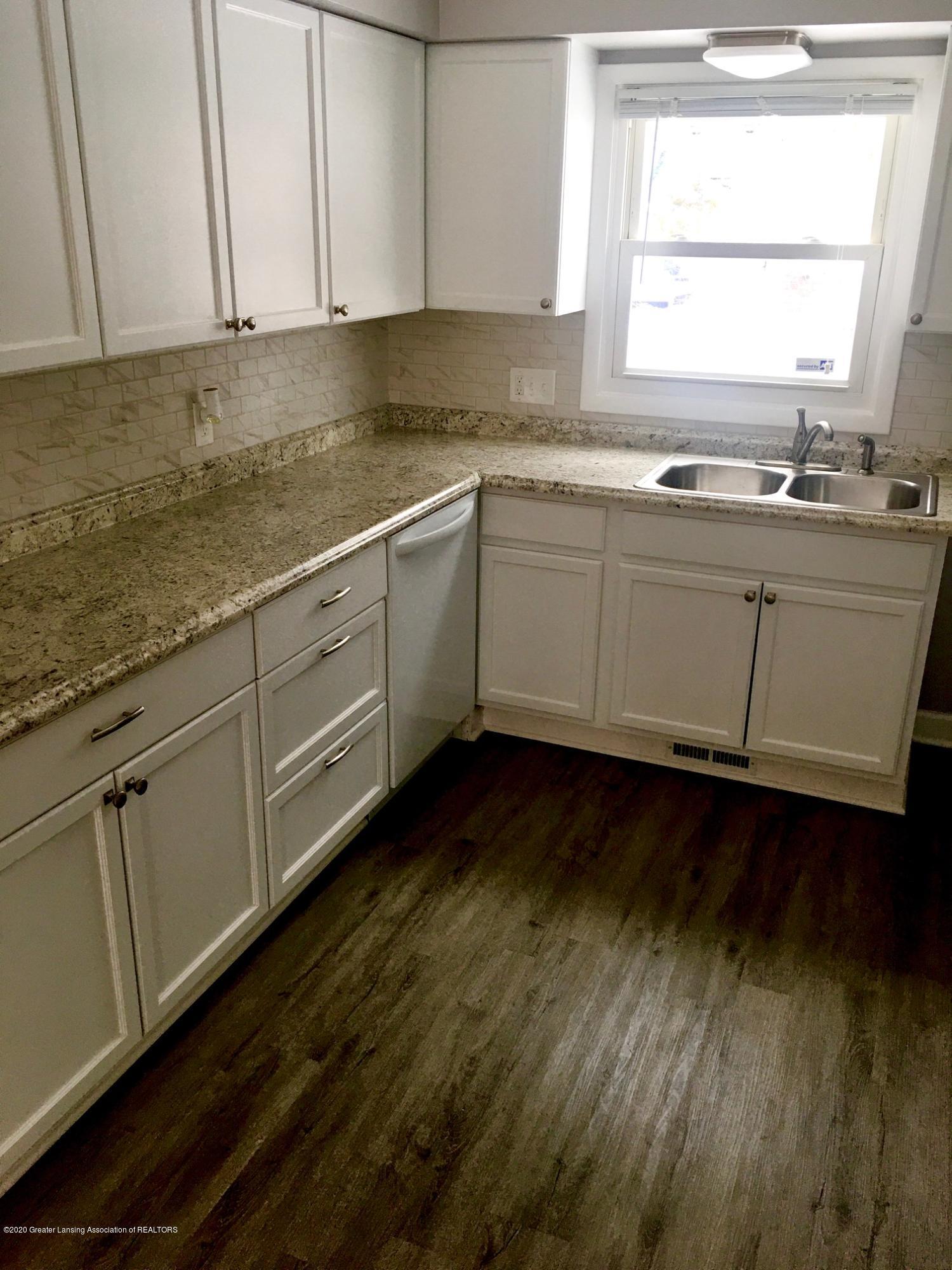 903 Tisdale Ave - Kitchen-sink-DW - 2