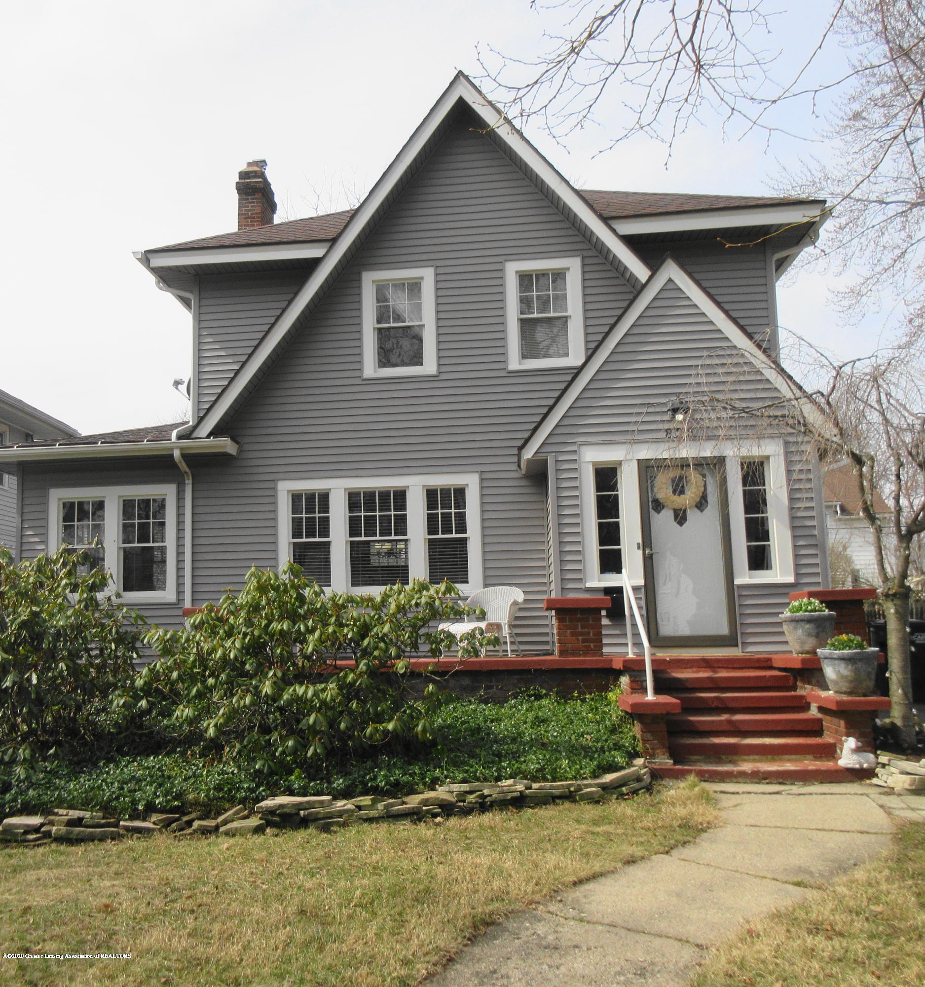 825 N Verlinden Ave - 825 N Verlinden exterior front - 1