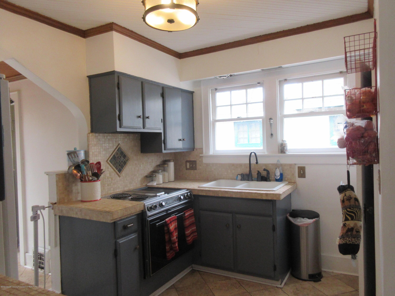 825 N Verlinden Ave - kitchen - 10