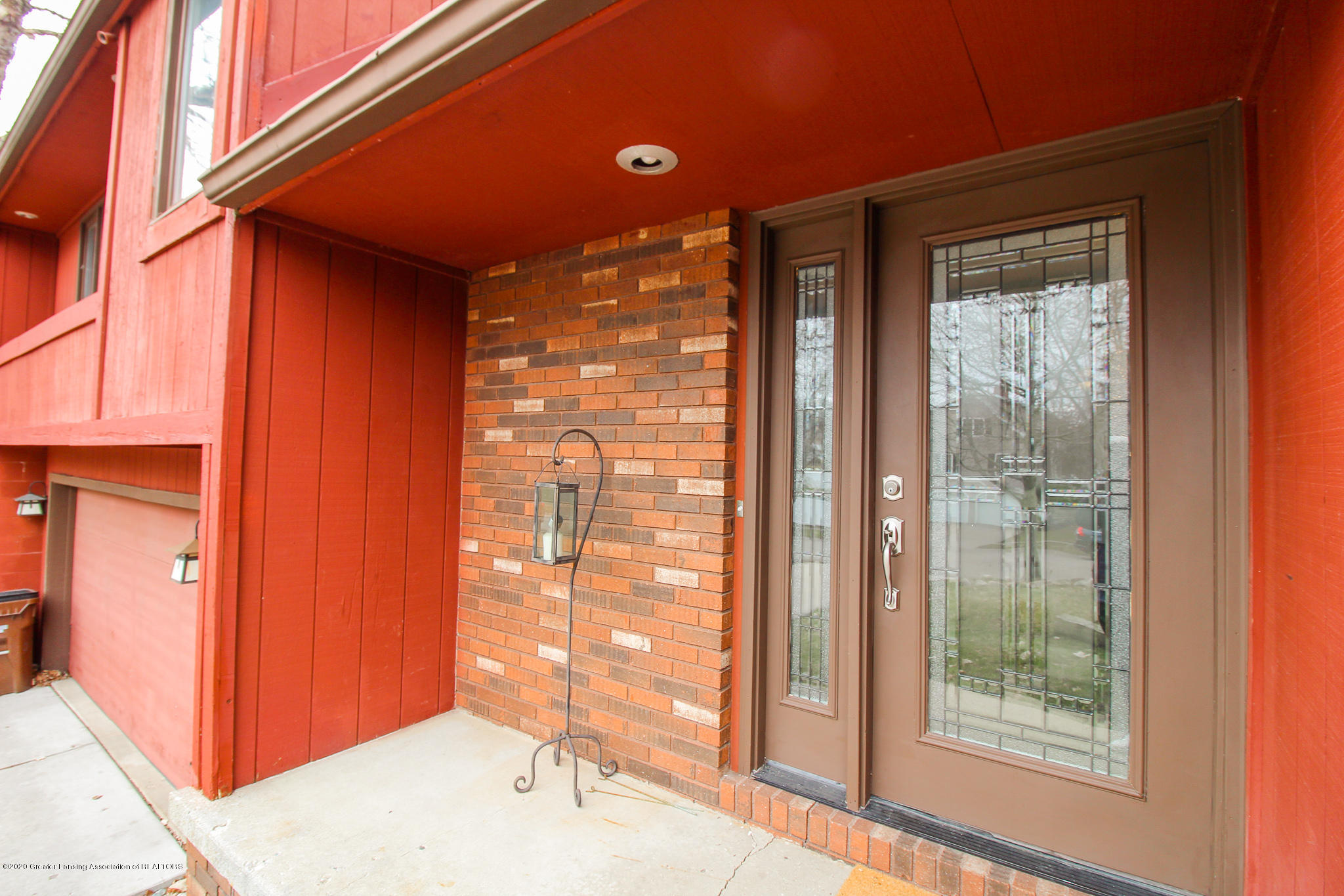 1423 Spearberry Ln - Front Entrance - 7