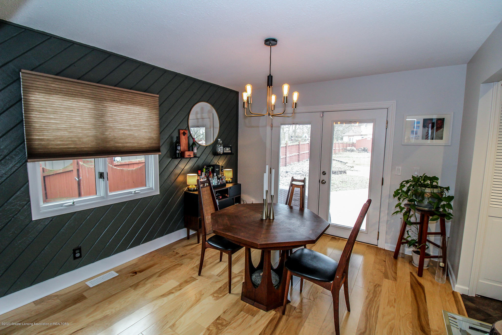 1423 Spearberry Ln - Dining Area - 16