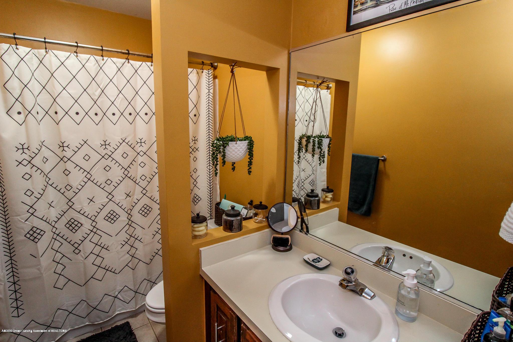 1423 Spearberry Ln - Bathroom - 26