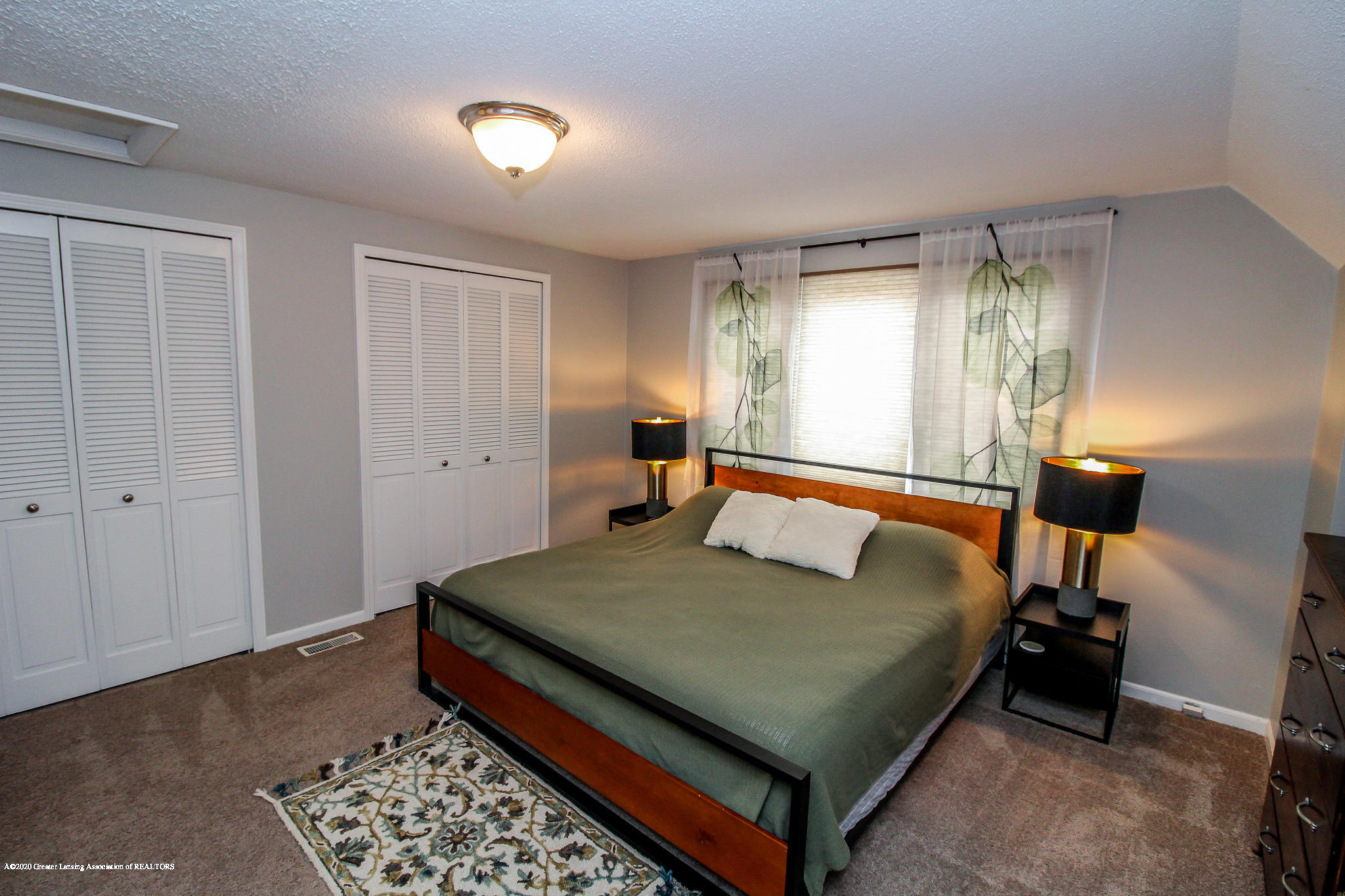 1423 Spearberry Ln - Master Bedroom - 34