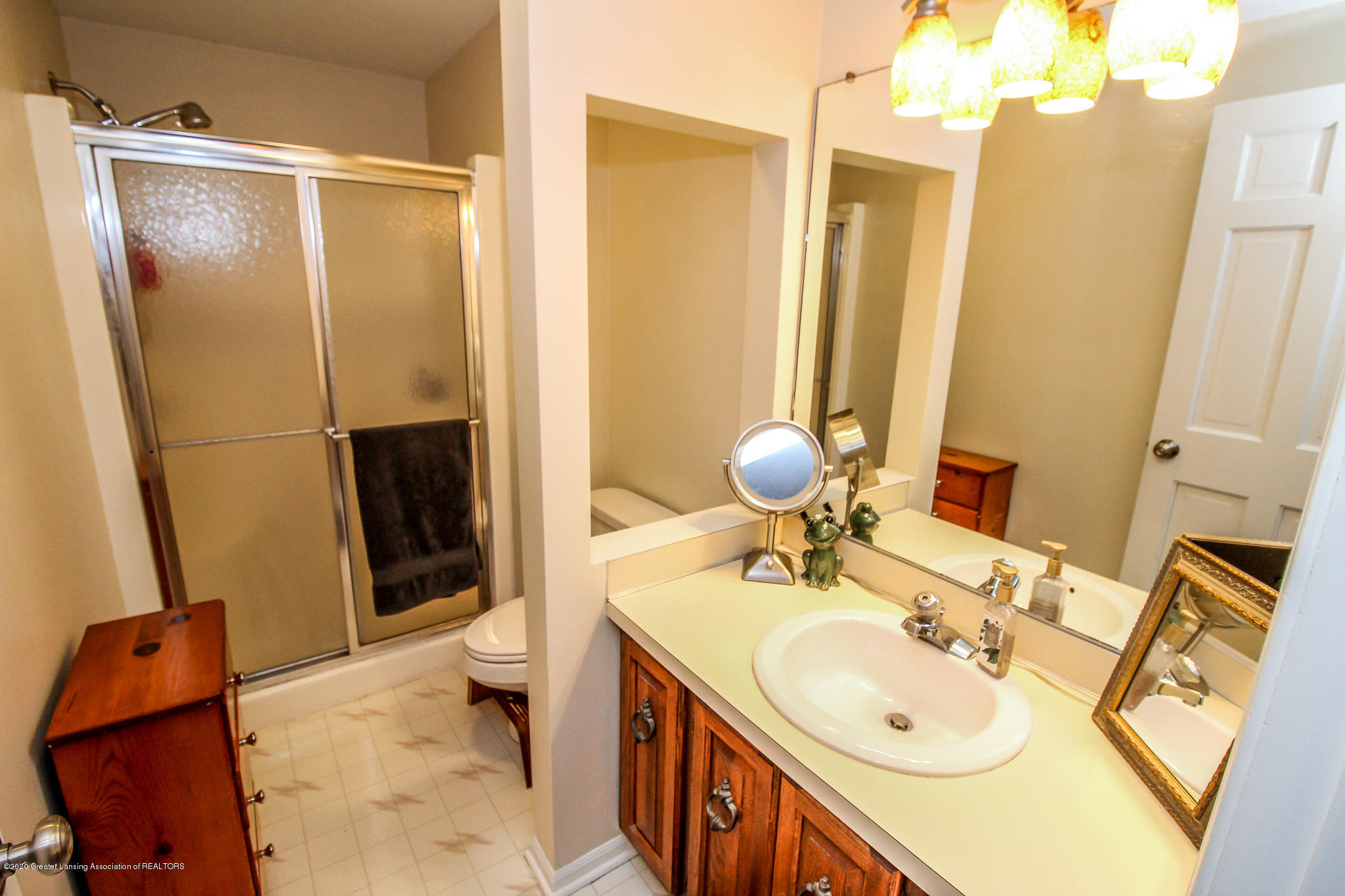 1423 Spearberry Ln - Master Bath - 36