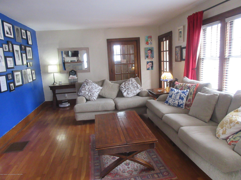 825 N Verlinden Ave - living room - 4