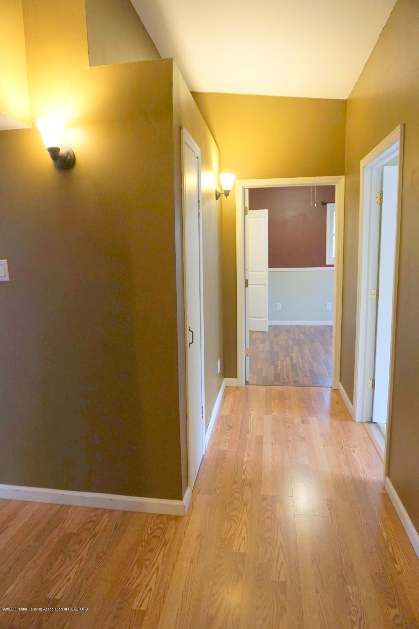 11950 Woodbury Rd - Hallway into BR2 and 3 - 13