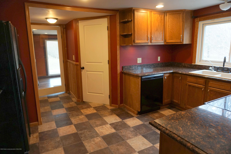 11950 Woodbury Rd - Kitchen door to Mudroom - 20