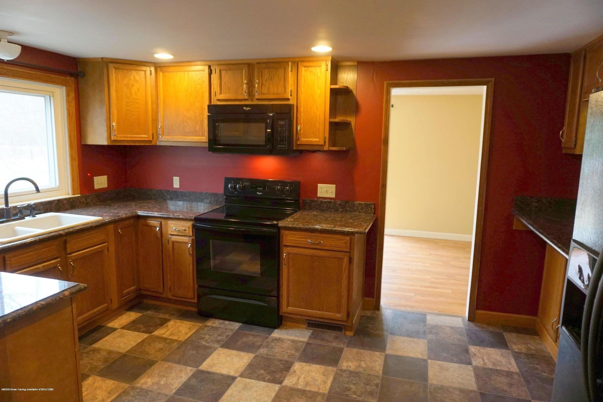 11950 Woodbury Rd - Kitchen with all Appliances - 2