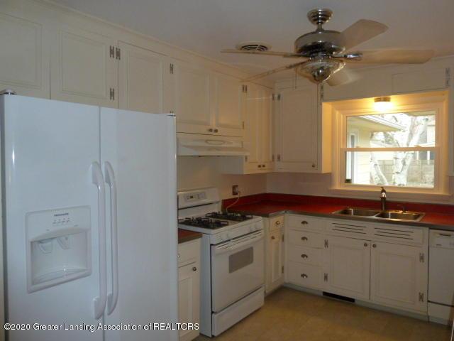 226 Kenberry Dr - Kitchen View3 - 15