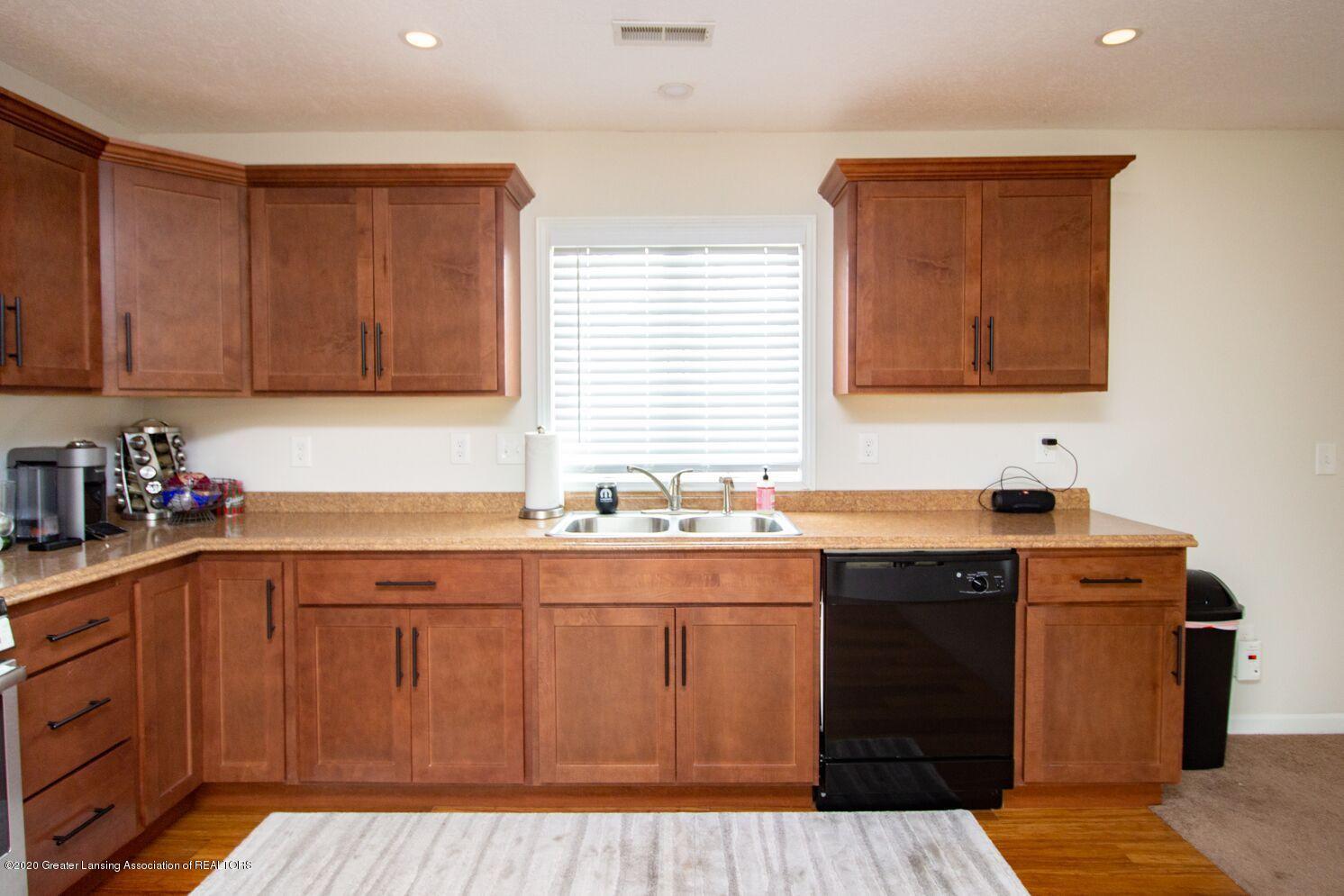 2231 Vandecarr Rd - kitchen3 - 8