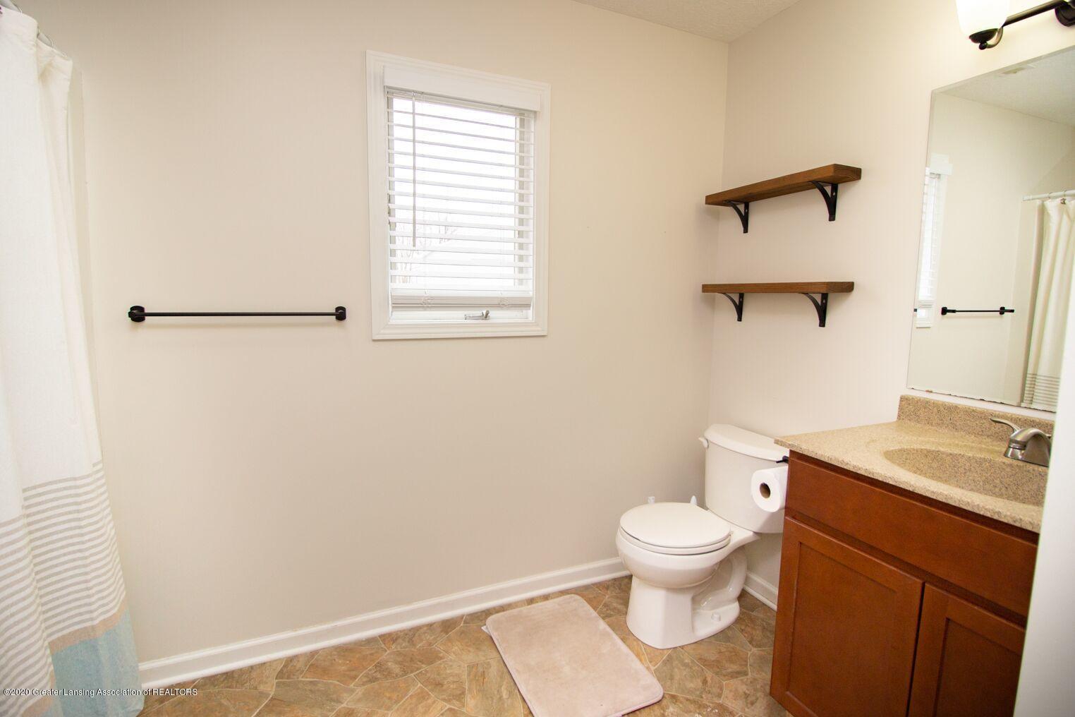 2231 Vandecarr Rd - bathroom2 - 14