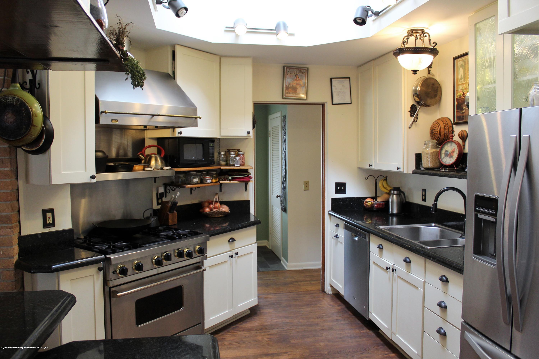 2019 Pawnee Trail - kitchen - 8