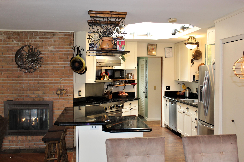 2019 Pawnee Trail - kitchen - 12
