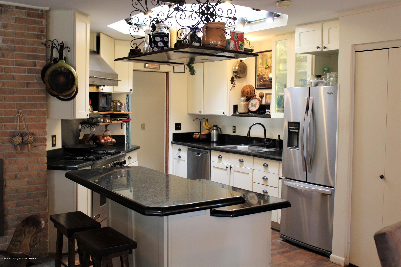 2019 Pawnee Trail - kitchen - 13