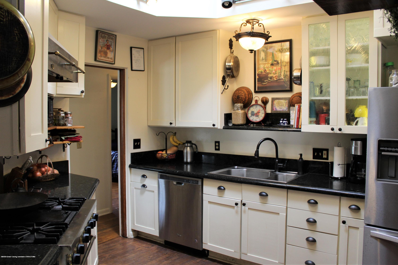 2019 Pawnee Trail - kitchen - 10