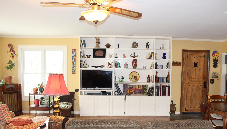2019 Pawnee Trail - family room - 16