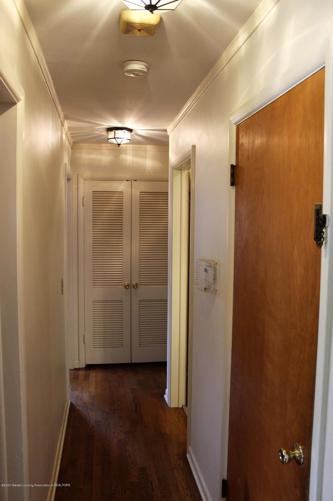 2019 Pawnee Trail - hallway - 21