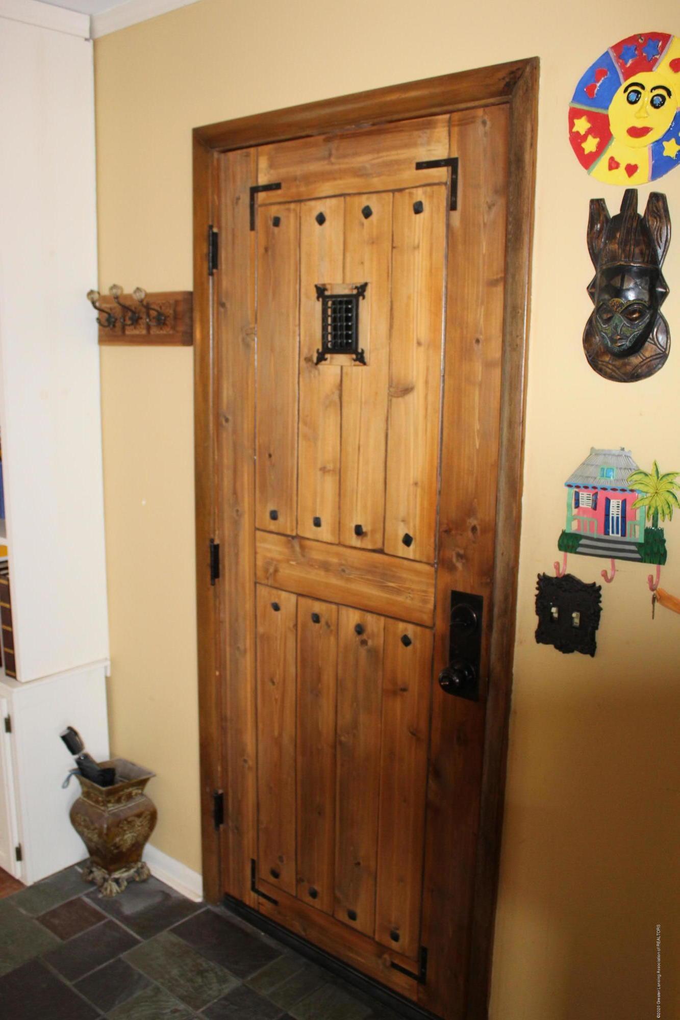 2019 Pawnee Trail - door to garage - 18