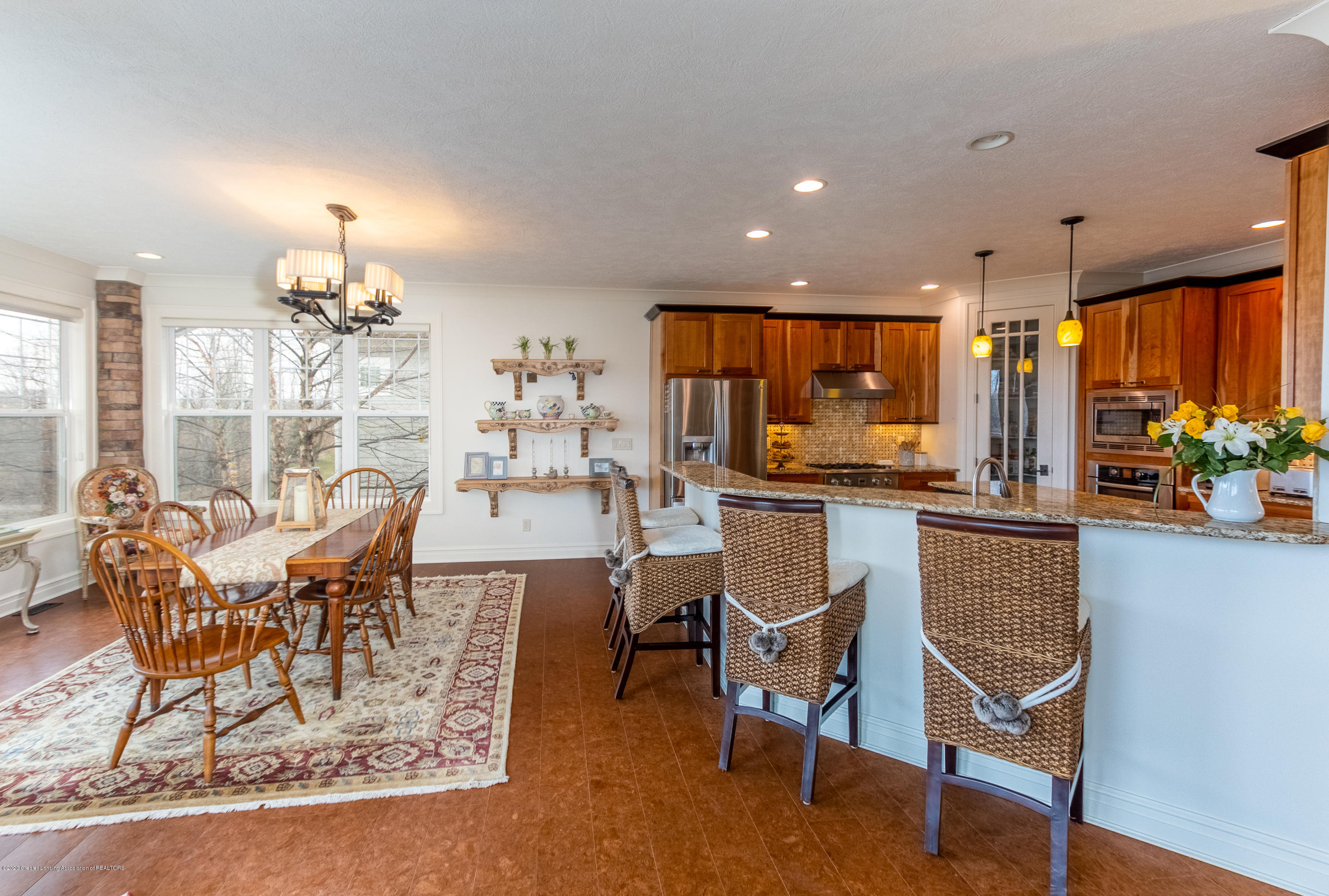 528 Aquila Dr - Dining Room/Kitchen - 16