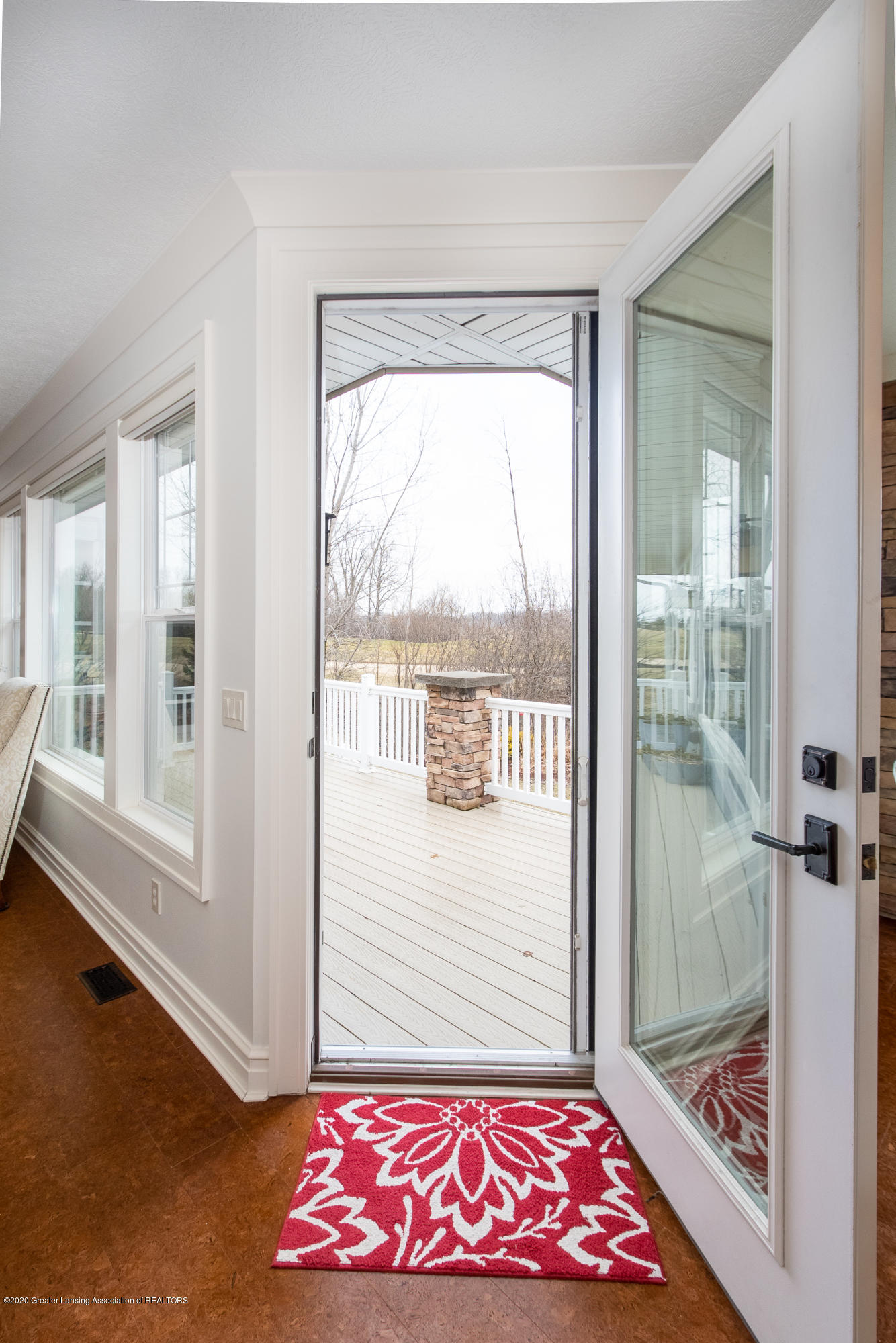 528 Aquila Dr - Walkout to Deck - 15