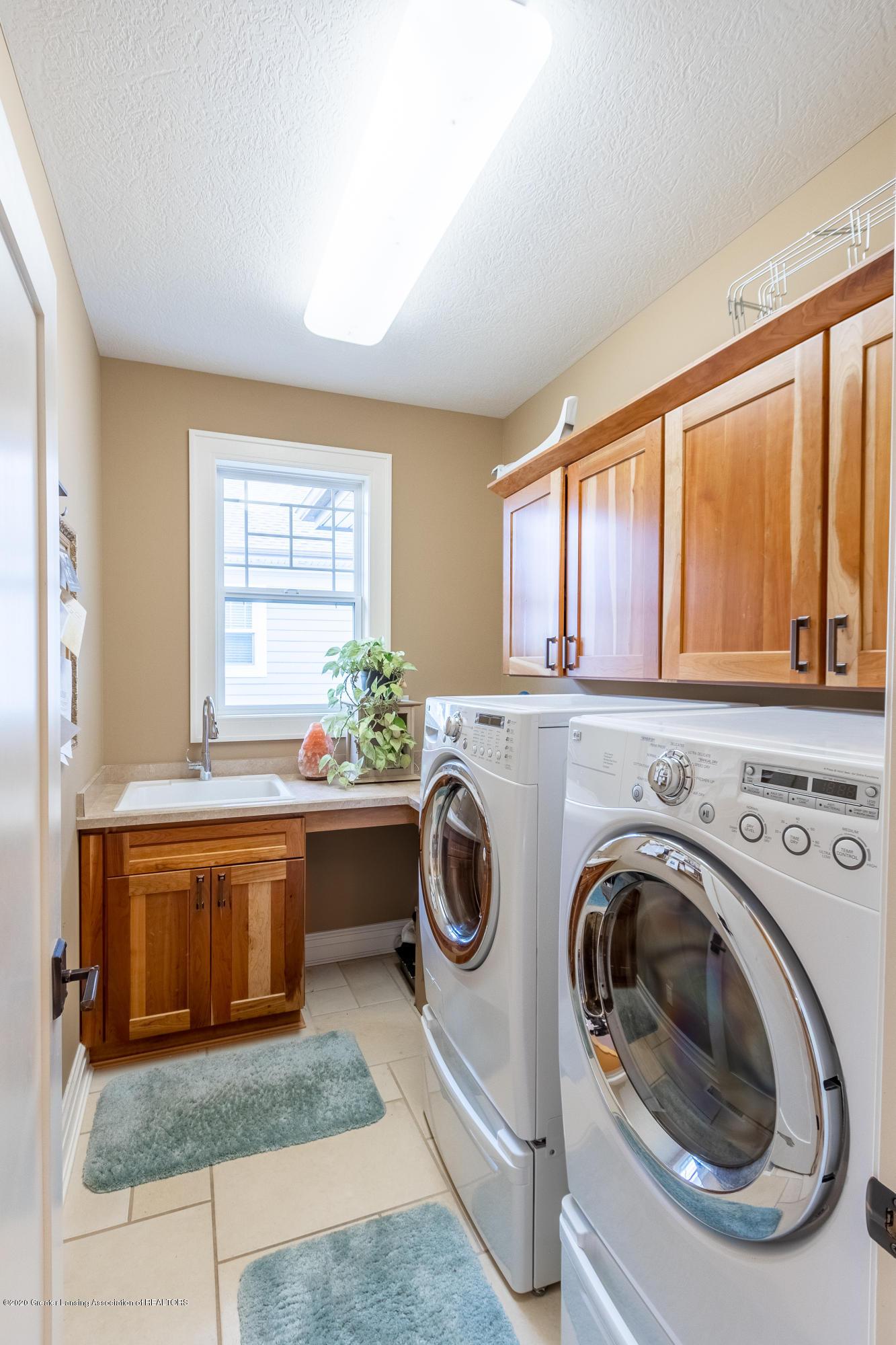 528 Aquila Dr - Laundry - 32