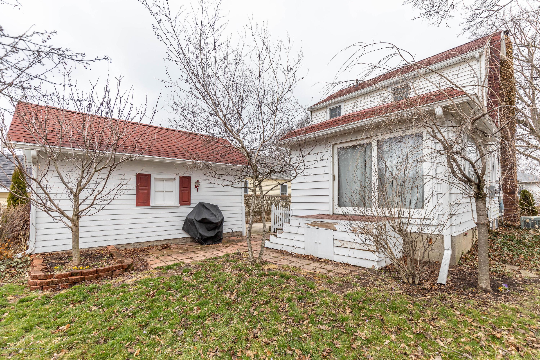 401 Strathmore Rd - 401strathmoreback3 - 25