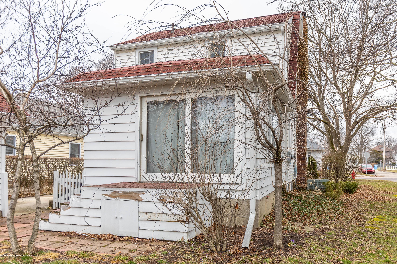 401 Strathmore Rd - 401strathmoreback4 - 26