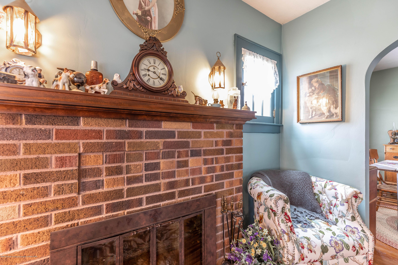 401 Strathmore Rd - 401strathmoreliving6 - 5
