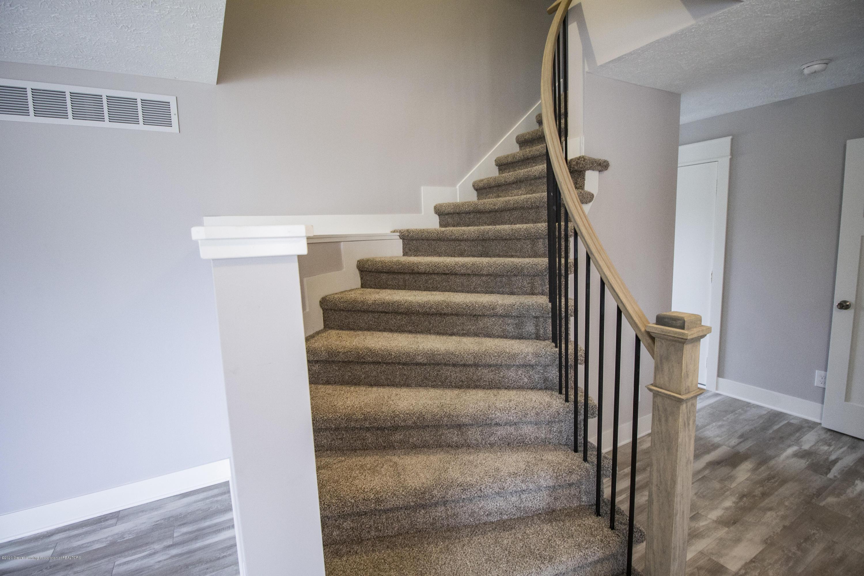 5407 Catalpa Dr - Spiral Staircase - 12