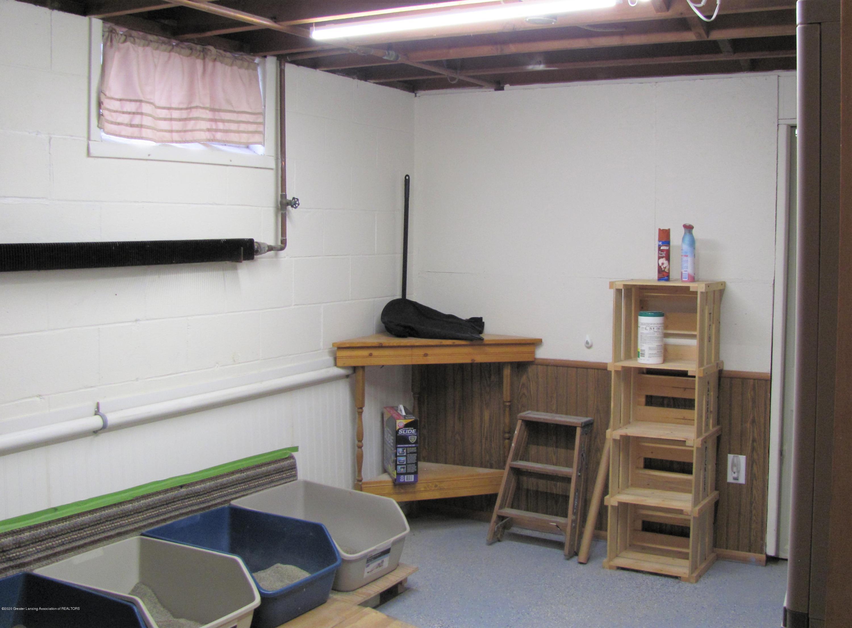 4383 Lansing Rd - Storage Room - 32