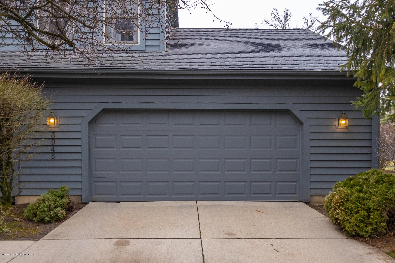 3945 Breckinridge Dr - Garage - 5